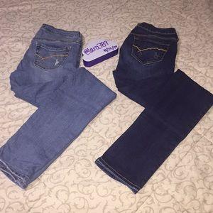 2 Bullhead Jeans